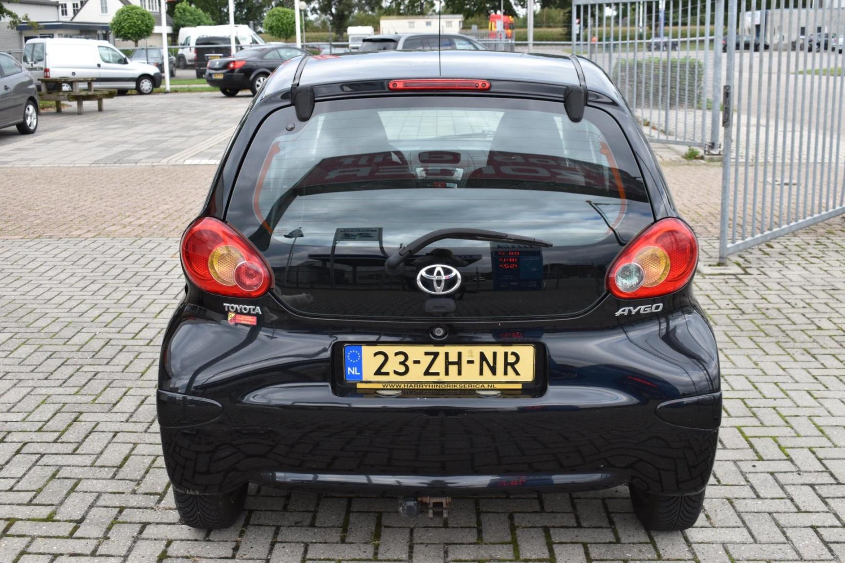 Toyota-Aygo-2