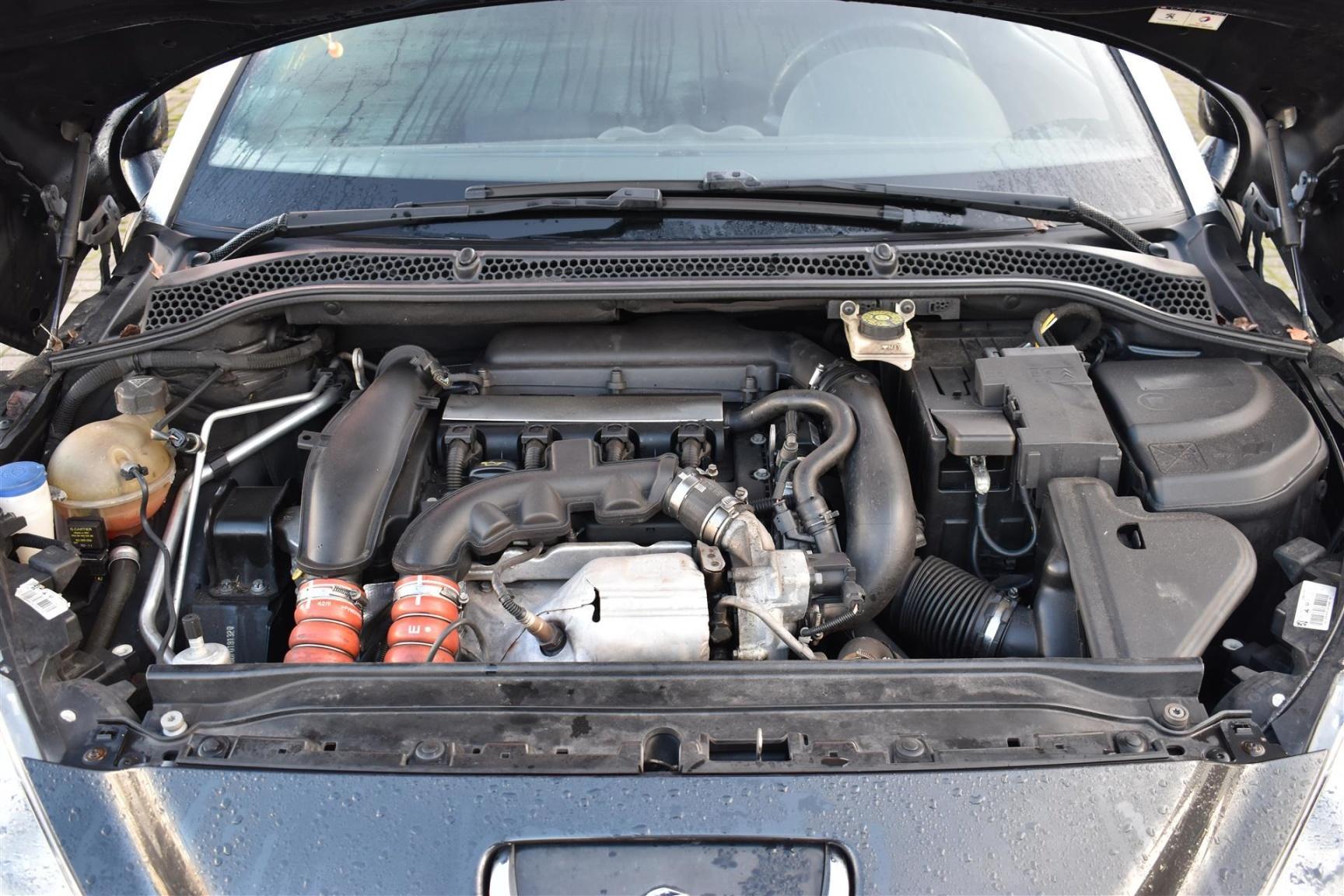 Peugeot-RCZ-19